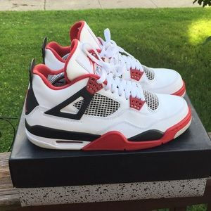 "Air Jordan 4's ""Fire Red"""
